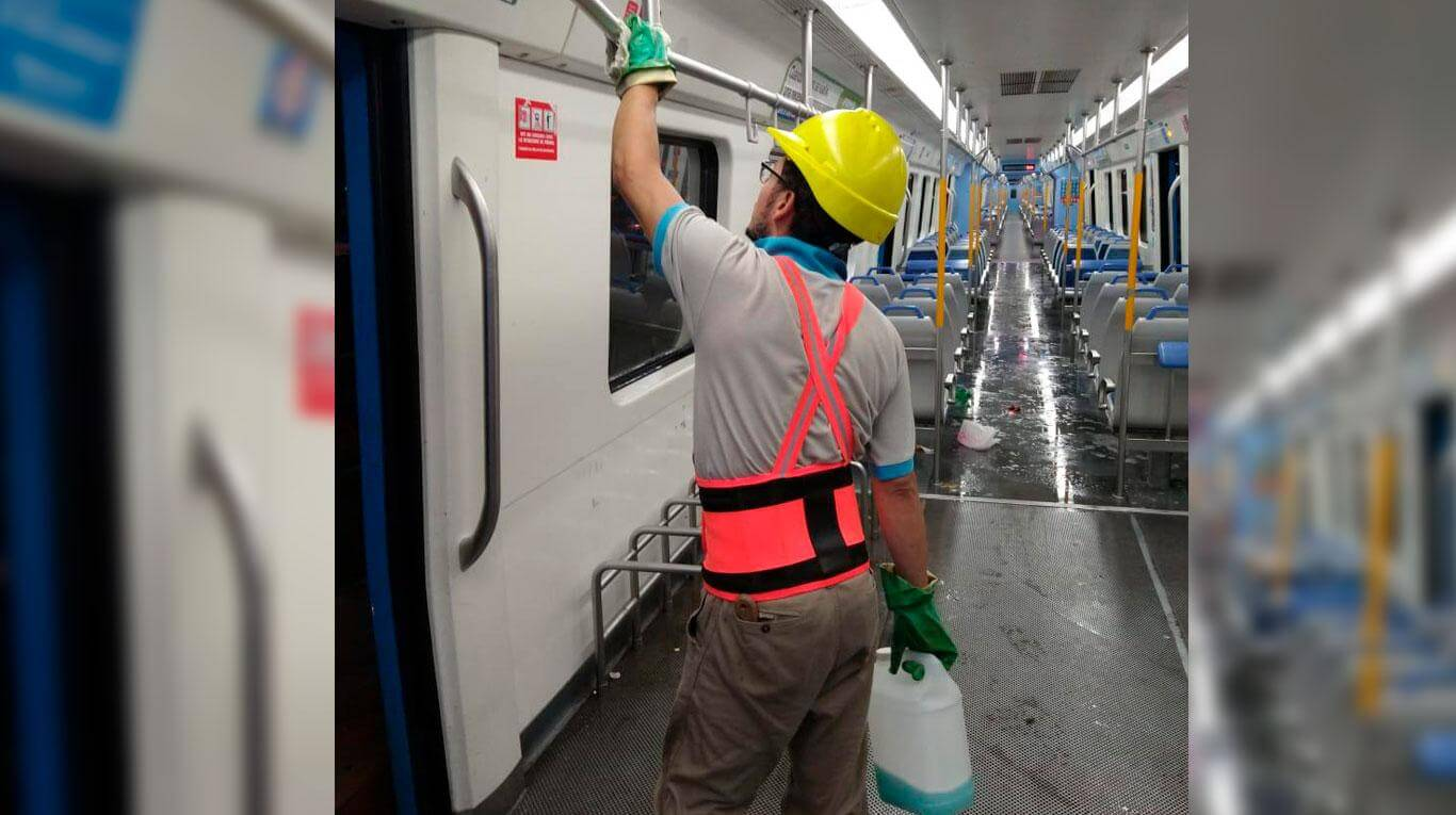 The cleaning tasks were intensified. (Photo: Argentine Trains).